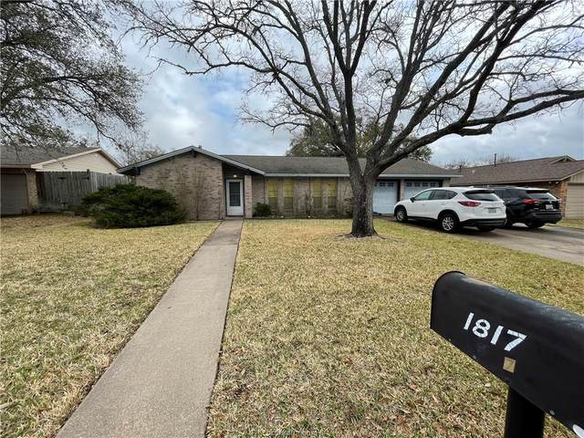1817 Laura Lane, College Station, TX 77840 (MLS #21009608) :: NextHome Realty Solutions BCS