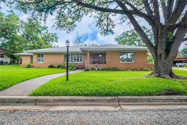 387 Monroe Street, Giddings, TX 78942 (MLS #21009653) :: Treehouse Real Estate