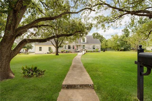 716 Park Place, College Station, TX 77840 (MLS #21010736) :: My BCS Home Real Estate Group