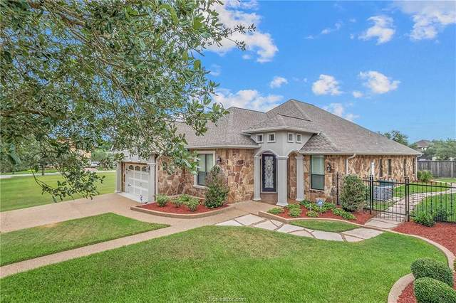 3305 Altura Court, Bryan, TX 77802 (MLS #21010915) :: The Lester Group