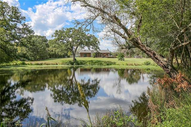 5252 Enchanted Oaks Drive, College Station, TX 77845 (MLS #21011353) :: NextHome Realty Solutions BCS