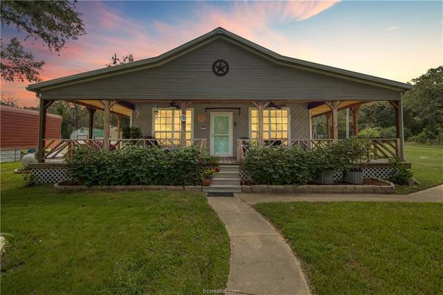 11233 Spring Oaks Drive, Hearne, TX 77859 (#21012647) :: First Texas Brokerage Company