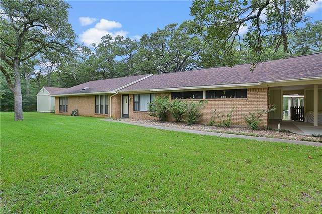 5015 Whispering Oaks Drive, College Station, TX 77845 (MLS #21012656) :: NextHome Realty Solutions BCS