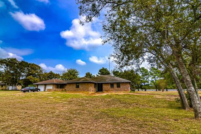 8753 Windsong Drive, Hearne, TX 77859 (MLS #21013019) :: Treehouse Real Estate