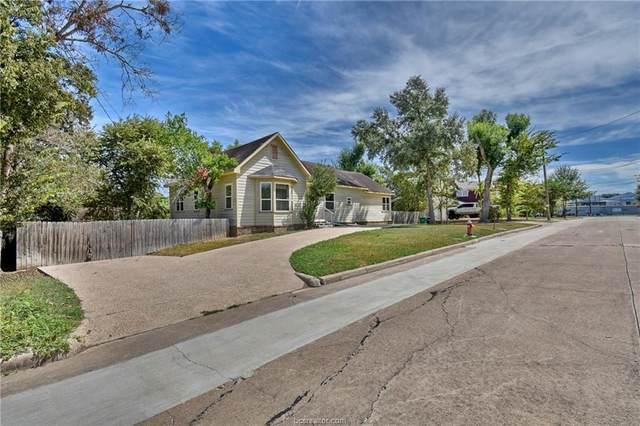 200 Mulberry, Brenham, TX 77833 (MLS #21013156) :: Treehouse Real Estate