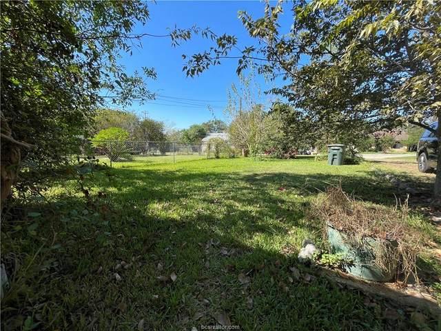 607 N Coulter Drive, Bryan, TX 77803 (MLS #21013412) :: BCS Dream Homes