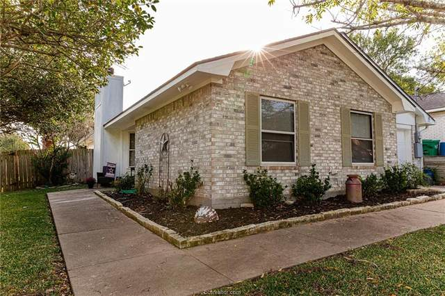 206 Lockett St, Brenham, TX 77833 (MLS #21013680) :: Treehouse Real Estate