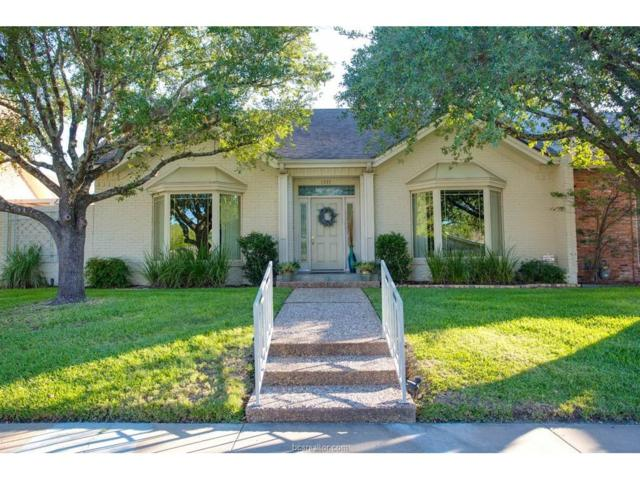 1207 Brook Hollow Drive, Bryan, TX 77802 (MLS #17013014) :: The Lester Group