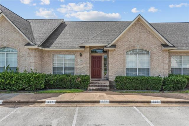 225 Navarro Drive, College Station, TX 77845 (MLS #18009665) :: The Lester Group