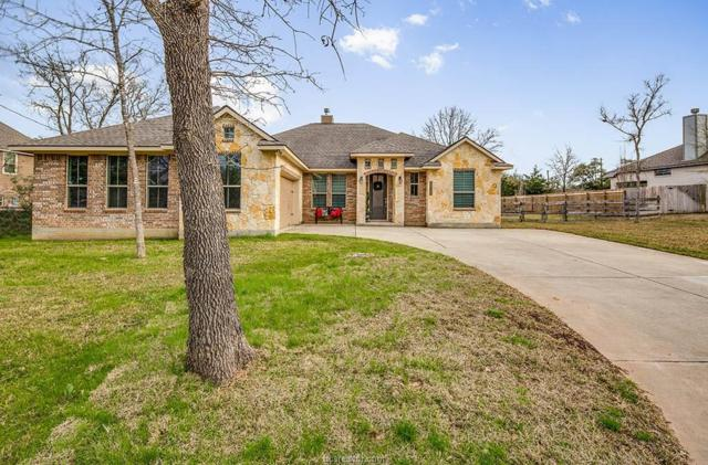 2012 Post Oak Circle, College Station, TX 77845 (MLS #19002515) :: NextHome Realty Solutions BCS
