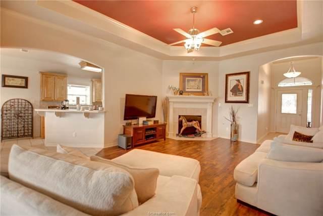 212 Rugen Lane, College Station, TX 77845 (MLS #19010807) :: Chapman Properties Group