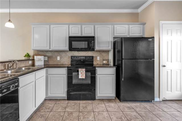 305 Holleman Drive #203, College Station, TX 77840 (MLS #19015087) :: BCS Dream Homes