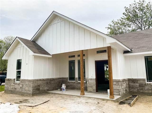 415 N Burleson Street, Giddings, TX 78942 (MLS #20008539) :: Treehouse Real Estate