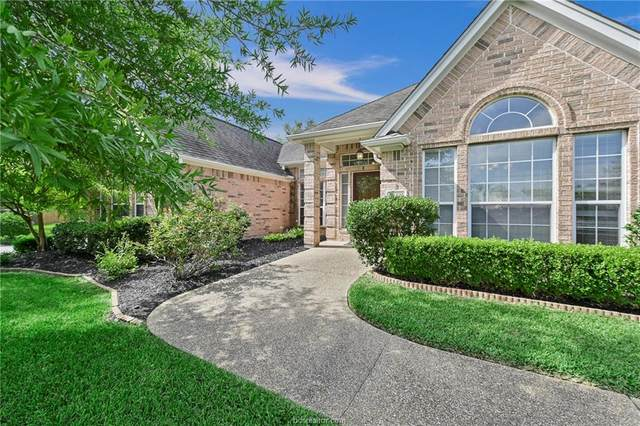 2106 Williams Way, Bryan, TX 77808 (MLS #20012823) :: BCS Dream Homes
