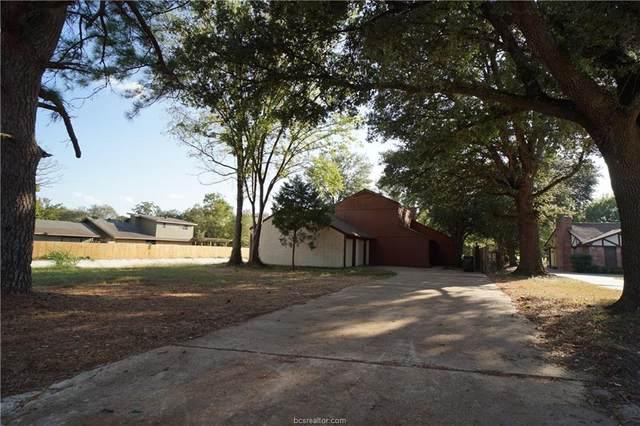 2703 Apple Creek Circle, Bryan, TX 77802 (MLS #21004542) :: Cherry Ruffino Team