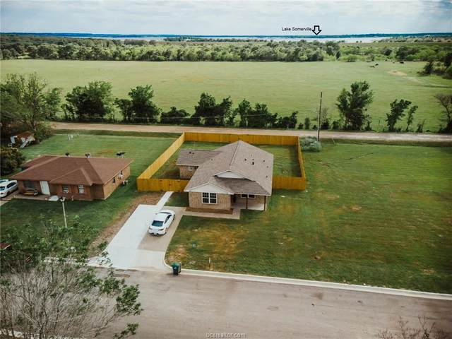 204 Heatherbrook, Somerville, TX 77879 (MLS #21005101) :: NextHome Realty Solutions BCS