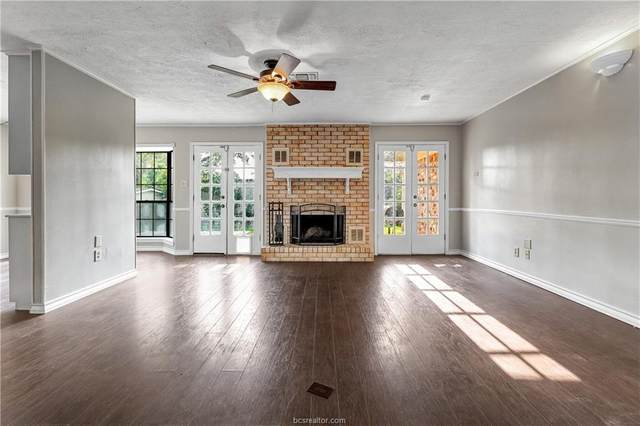 3917 Hilltop Drive, Bryan, TX 77801 (MLS #21006560) :: The Lester Group