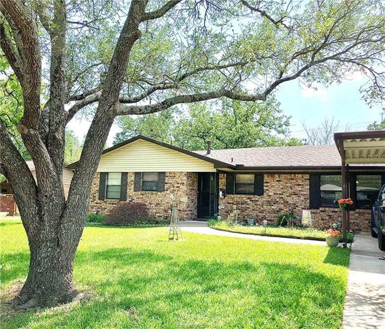 2504 Morris Lane, Bryan, TX 77802 (MLS #21006868) :: Cherry Ruffino Team