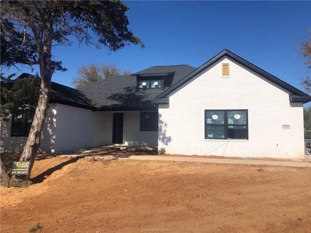 5001 Lantern Lane, Bryan, TX 77808 (MLS #19014592) :: Chapman Properties Group