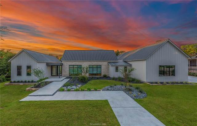 3304 Sycamore, Bryan, TX 77807 (MLS #21009430) :: The Lester Group