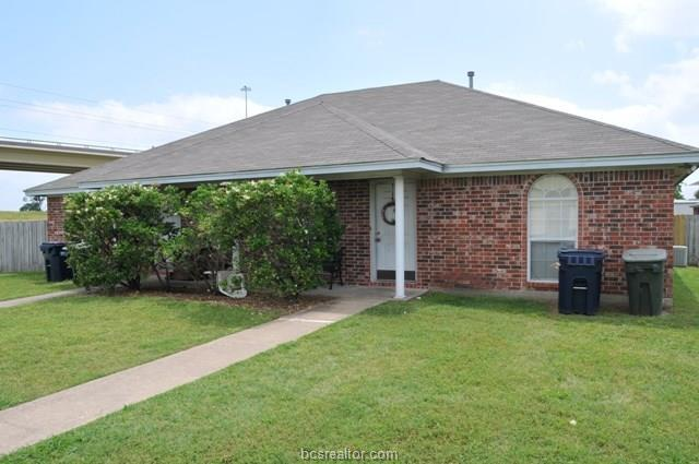 1812 Treehouse Trail, College Station, TX 77845 (MLS #18006394) :: Treehouse Real Estate
