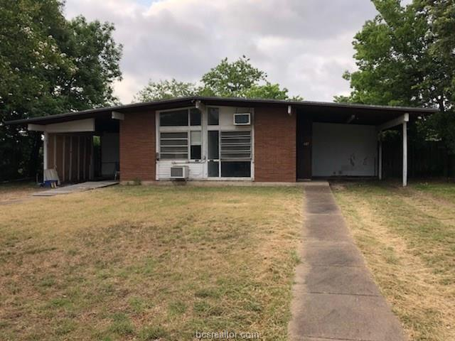 605-607 Mary Lake Drive, Bryan, TX 77801 (MLS #18011328) :: Treehouse Real Estate