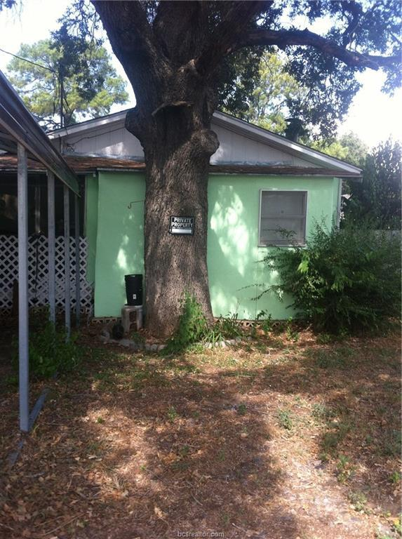 411 Tatum Street, Bryan, TX 77803 (MLS #18011411) :: The Lester Group