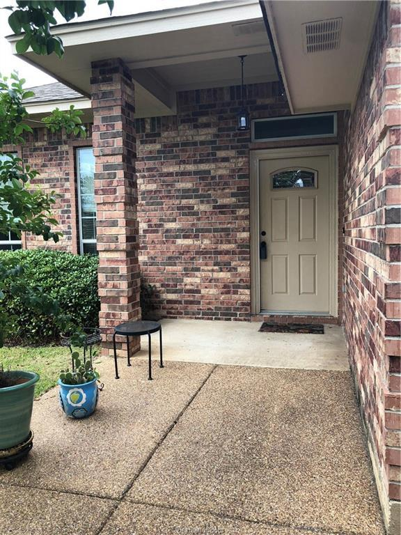 1013 Emerald Dove, College Station, TX 77845 (MLS #18011670) :: The Lester Group