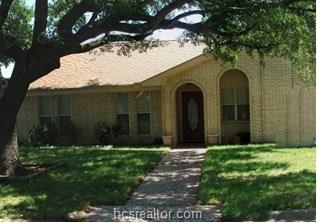 1801 Leona Drive, College Station, TX 77840 (MLS #18013795) :: RE/MAX 20/20