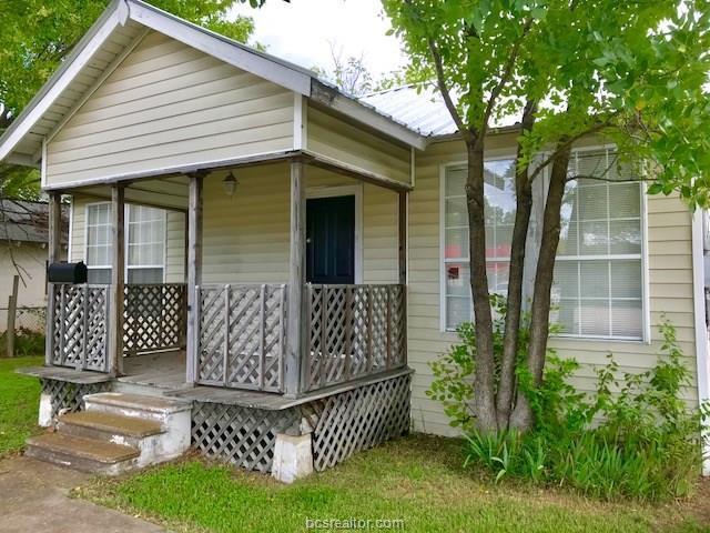 409 W Brown Street, Hearne, TX 77859 (MLS #18015833) :: RE/MAX 20/20