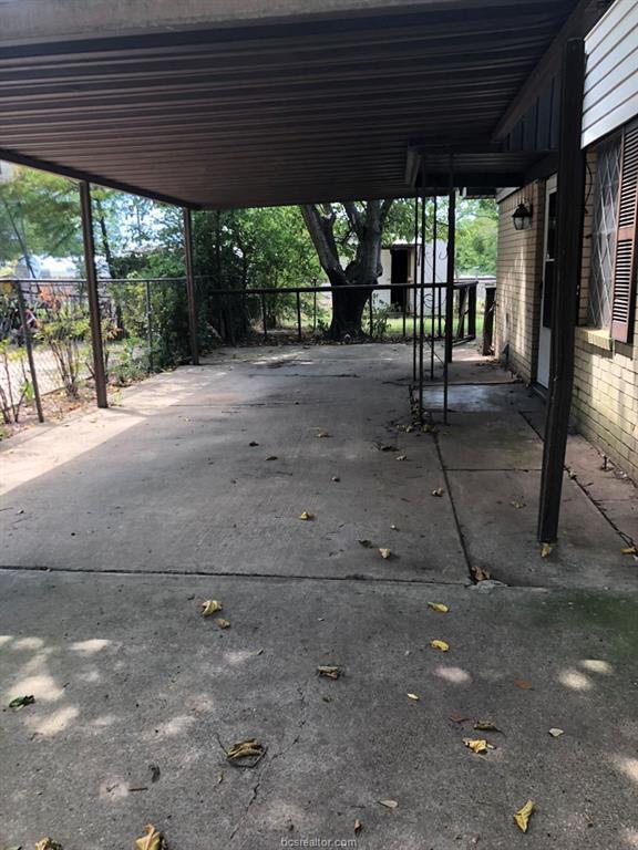 927 Pine Drive, Caldwell, TX 77836 (MLS #18015942) :: Platinum Real Estate Group