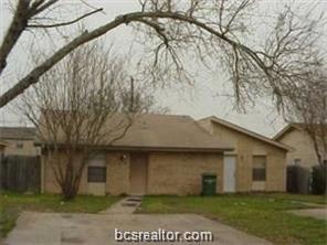 2717 Sprucewood Street A&B, Bryan, TX 77801 (MLS #18018954) :: The Lester Group