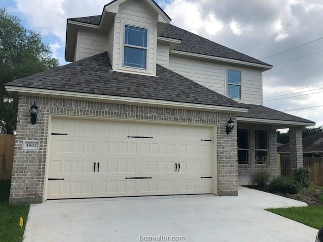 1902 Debbie Drive, Bryan, TX 77802 (MLS #19000022) :: Chapman Properties Group