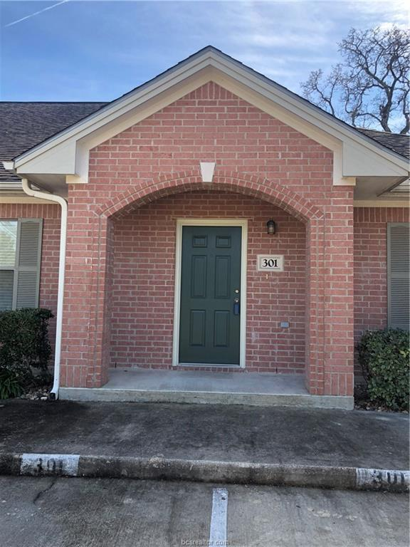 1702 Deacon Drive #301, College Station, TX 77845 (MLS #19000753) :: The Lester Group