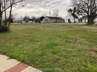 724 N Main Street, Bryan, TX 77803 (MLS #19001244) :: The Lester Group