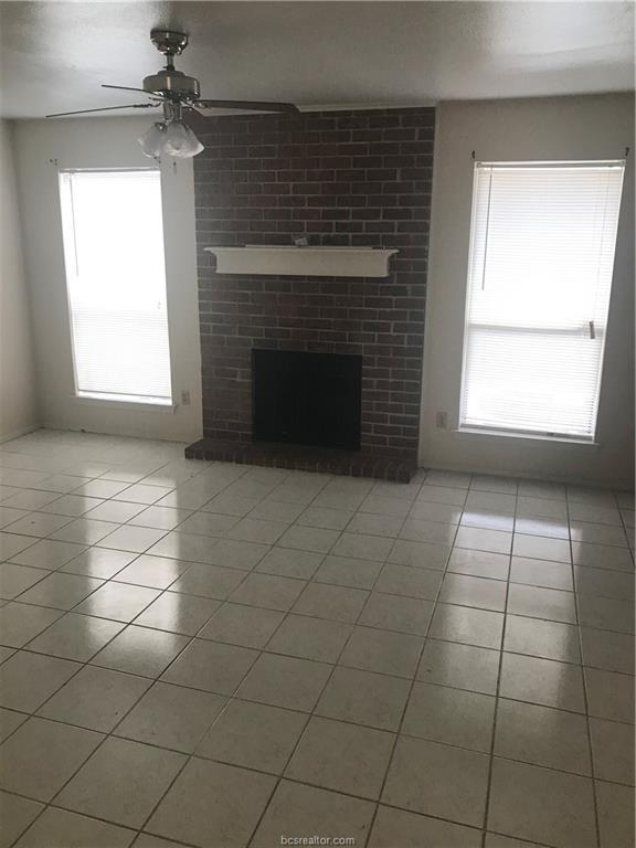1904 Dartmouth Street D4, College Station, TX 77840 (MLS #19002332) :: NextHome Realty Solutions BCS