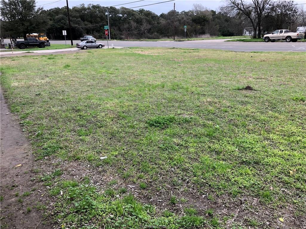 908 Texas Avenue - Photo 1