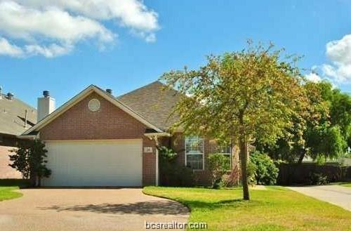1816 Brothers #26 #26, College Station, TX 77845 (MLS #19006941) :: The Lester Group