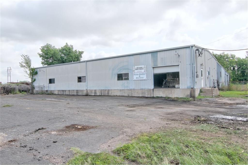 9507 Industrial Drive - Photo 1