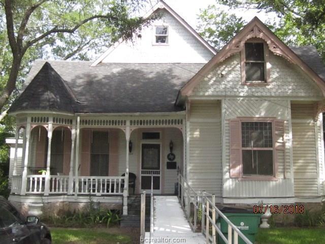 404 E Gregg Street, Calvert, TX 77837 (MLS #19010017) :: Treehouse Real Estate