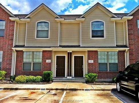 1000 Spring Loop #1304, College Station, TX 77840 (MLS #19010124) :: The Shellenberger Team