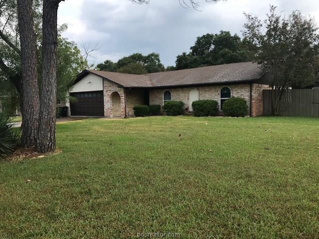 1804 Southwood Drive, College Station, TX 77840 (MLS #19012245) :: BCS Dream Homes
