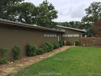 310 Tee Drive, Bryan, TX 77801 (MLS #19017219) :: The Lester Group