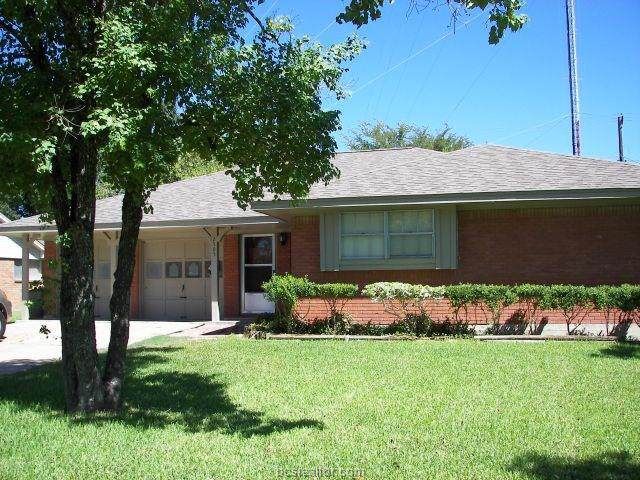 2505 Carter Creek Parkway, Bryan, TX 77802 (MLS #19017440) :: The Lester Group