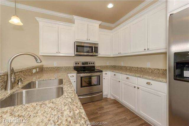 119 Sterling Street, College Station, TX 77840 (MLS #19018827) :: RE/MAX 20/20