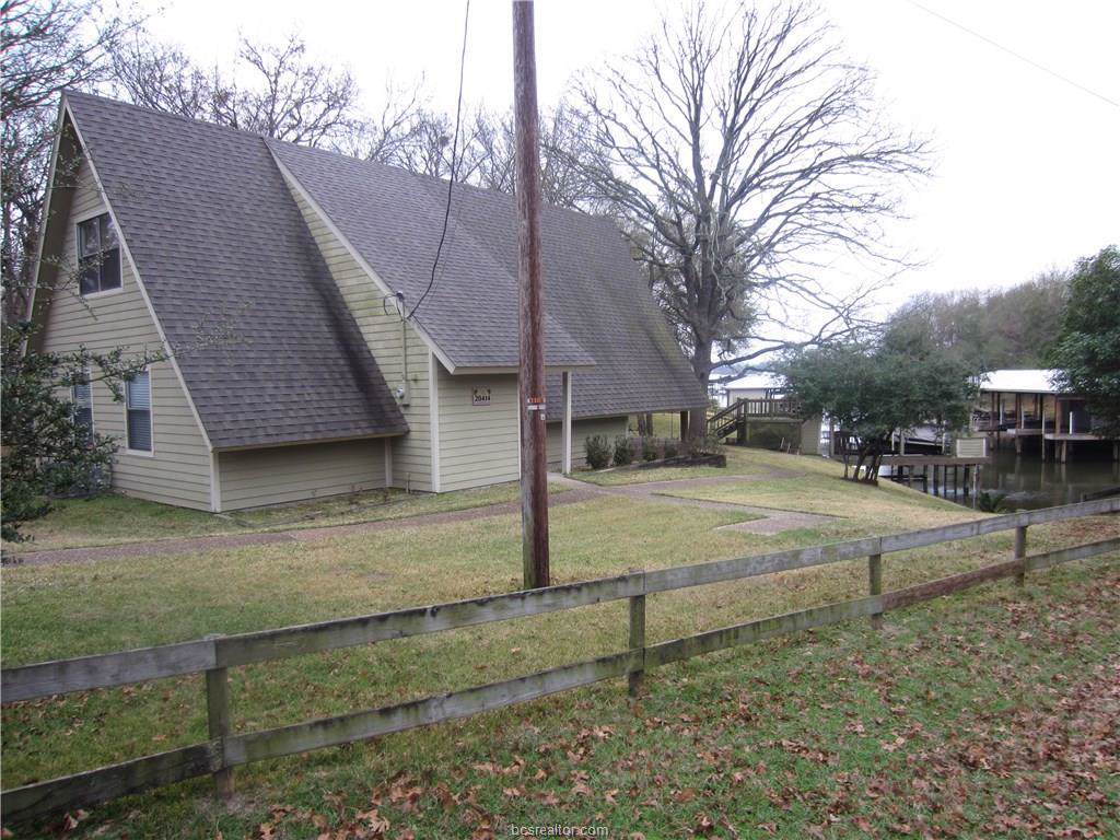 20414 Lakeshore Drive - Photo 1
