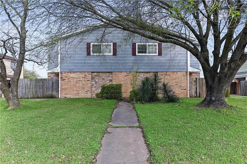 1807 Treehouse Trail - Photo 1