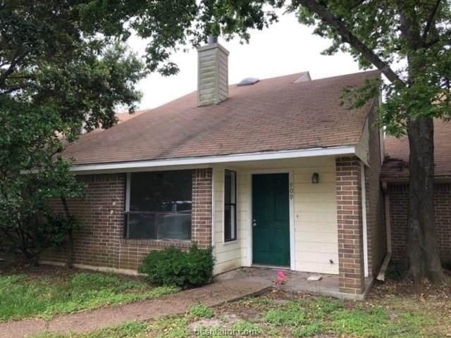 909 Navidad, Bryan, TX 77801 (MLS #20008664) :: Treehouse Real Estate