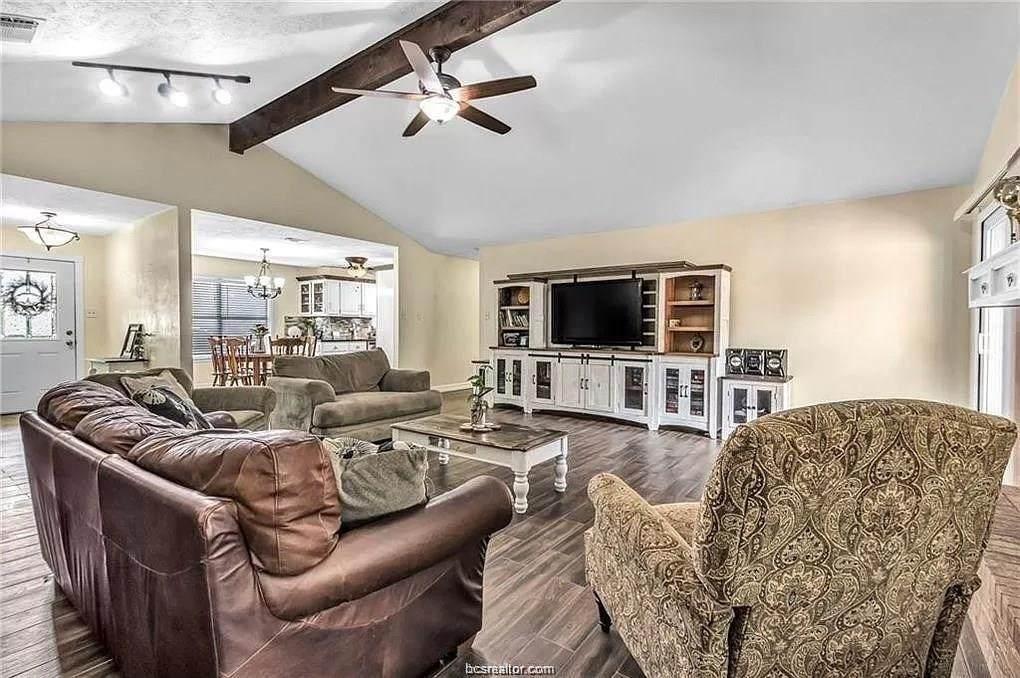 2602 Briar Oaks Drive - Photo 1