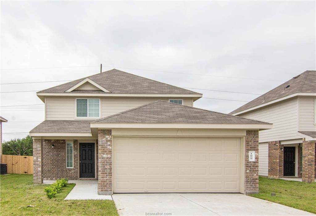 1008 Crossing Drive - Photo 1